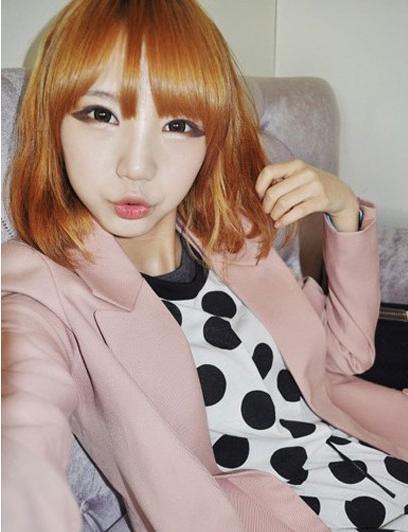 韩式时尚款泡面头发型 变身潮女范